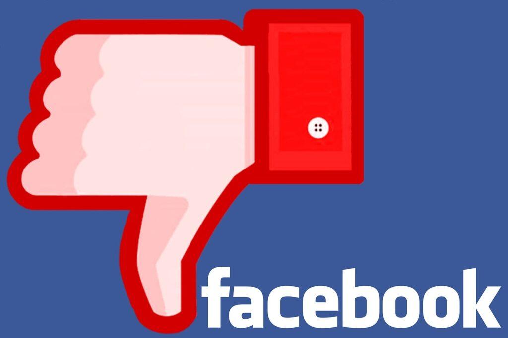 Nemet mondunk a facebookra, dislike